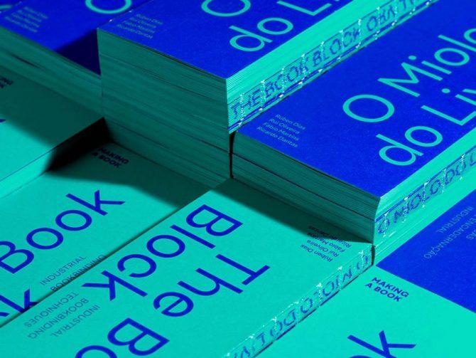 """Impressão offset premium do livro """"O miolo do livro"""". Acabamento especial: costura à vista 01"""