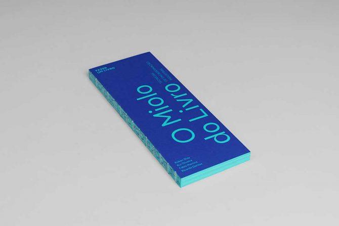 """Impressão offset premium do livro """"O miolo do livro"""". Acabamento especial: costura à vista 05"""