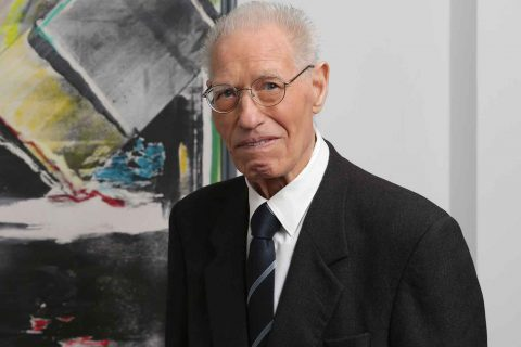 """Prémio """"Personalidade gráfica"""" atribuído ao fundador da Maiadouro, Domingos Oliveira 02"""