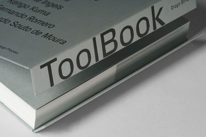 """Impressão offset premium do livro """"Toolbook"""" de Diogo Brito 02"""