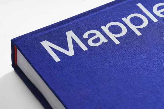 """Impressão offset premium do livro """"Mapplethorpe"""". Acabamento especial: Serigrafia 04"""
