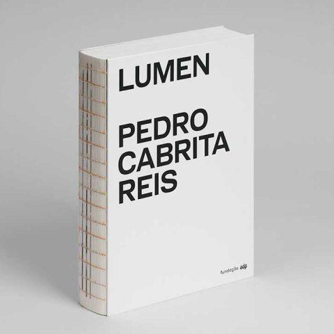 """Impressão offset premium do livro """"Lumen"""" de Pedro Cabrita Reis 01"""