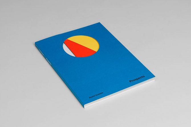 """Impressão offset premium do livro """"Prospecto"""". Acabamento especial: cortante 02"""