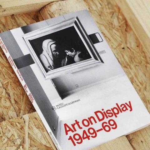 """Impressão offset premium do livro """"Art on Display"""" da Fundação Calouste Gulbenkian 02"""
