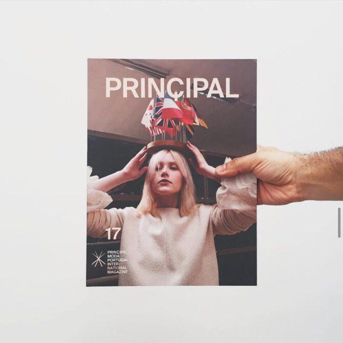 """Impressão offset premium da revista """"Principal número 17""""."""